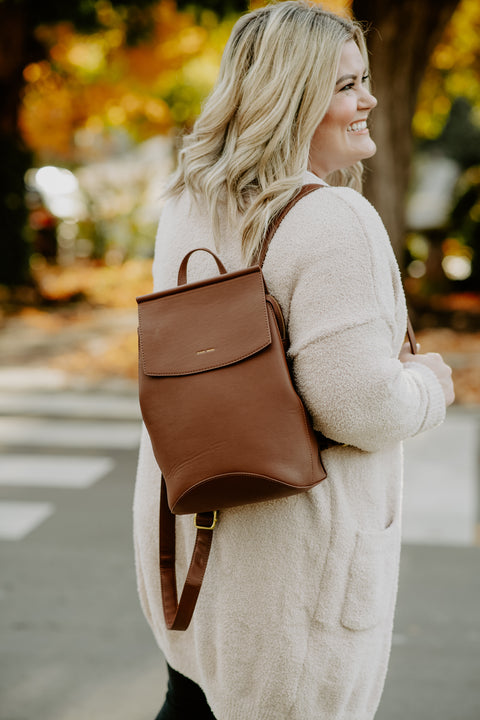 Kim Backpack- Dark Oak