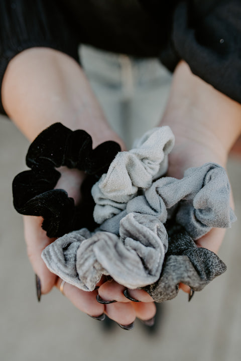 Velvet Scrunchies - Black