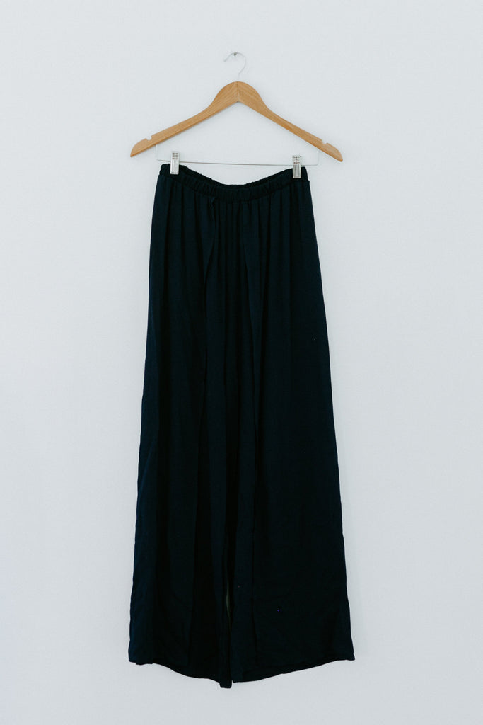 In The Waiting Pant - Navy