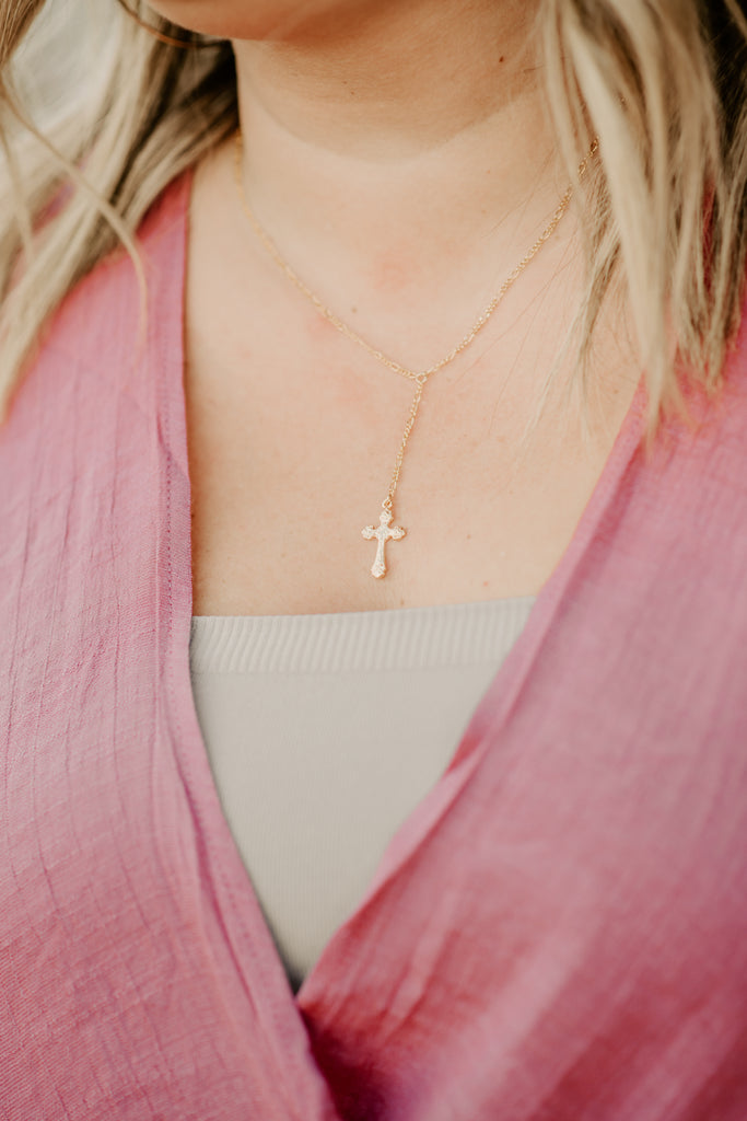 Rosa Cross Y Necklace