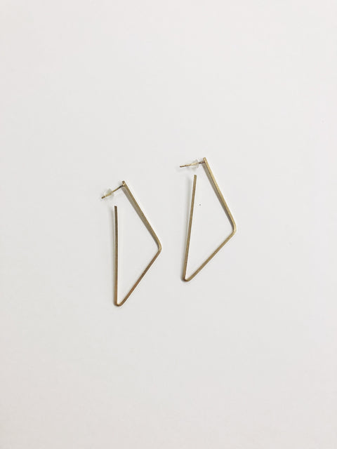 Looking Shapely Earring - Gold