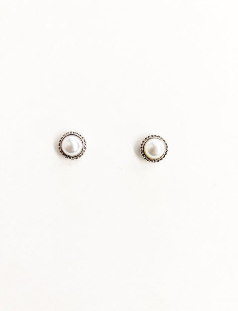 Pearly Prizes Earrings - Silver