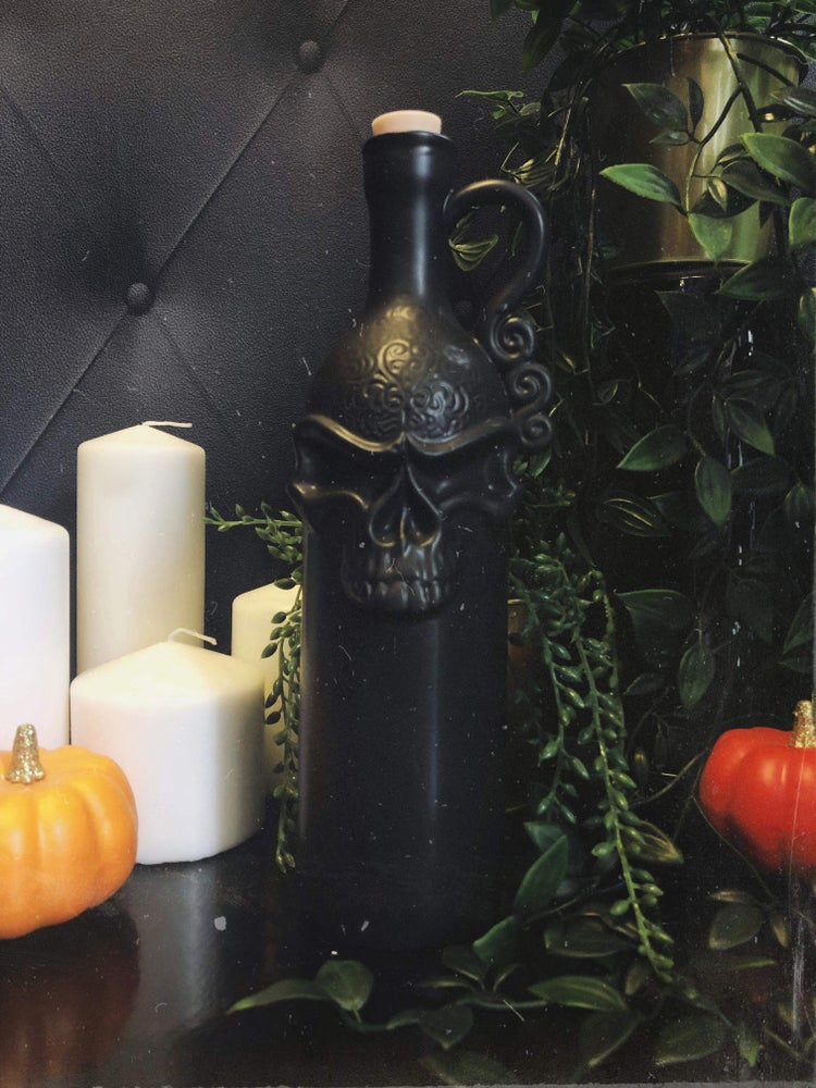 Death Skull Decanter Wine Bottle