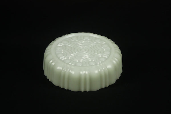 American opaline pressed glass candy box in Art Deco style from circa 1950