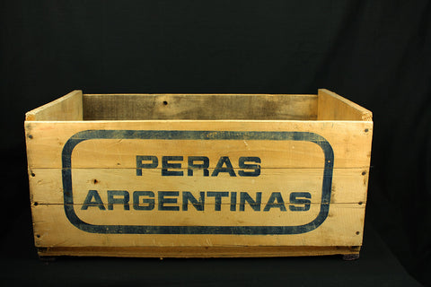 Vintage wooden box from Peras Argentinas