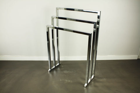 Freestanding Art Deco standing towel rack chrome, by Decor Walther, circa 1990/2000
