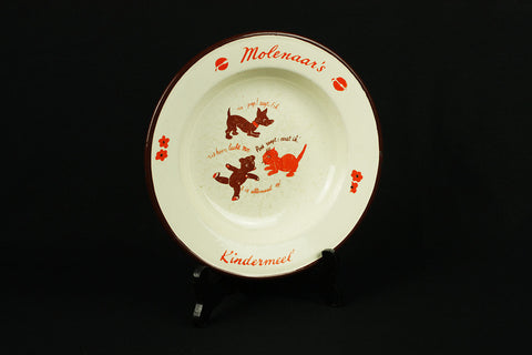 "Porridge plate with picture dog, cat and bear and inscription ""Miller's children's flour"", circa 1950/60"