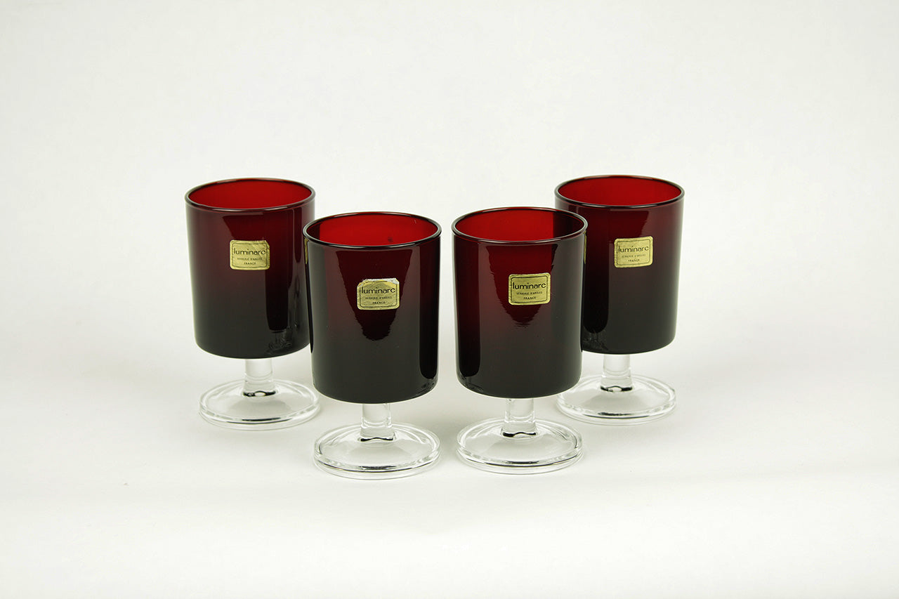 "Set van 4 ""Cavalier"" Luminarc port glazen ruby red, circa 1970"