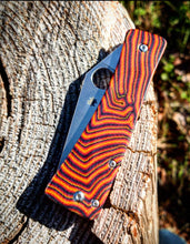 Load image into Gallery viewer, Spyderco Watu Hole Delete Banshee Maze