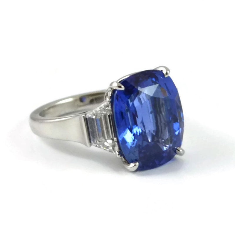 Eclat - One of a kind Ring with Certified Natural not-heated Ceylon Sapphire and Diamonds, Platinum