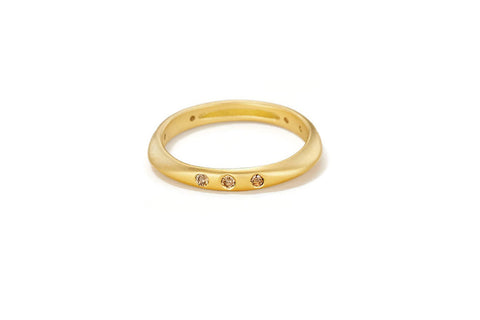 "Sandy Leong ""Halo"" Ring, Diamonds 18k Yellow Gold"