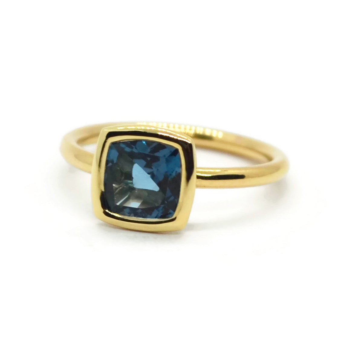 A & Furst - Gaia - Small Stackable Ring with London Blue Topaz, 18k Yellow Gold