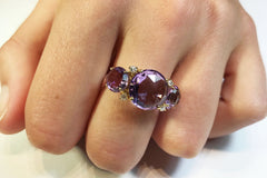 A-FURST-LILIES-RING-AMETHYST-YELLOW-GOLD-A1400GAA1