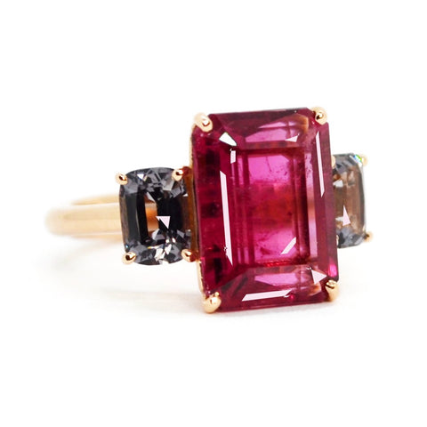 A & Furts - Party - One of a Kind Ring with Rubelite and Spinels, 18k Rose Gold