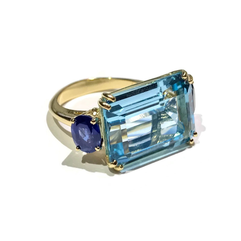 A & Furst - Party - Cocktail Ring with Blue Topaz and Blue Sapphires, 18k Yellow Gold