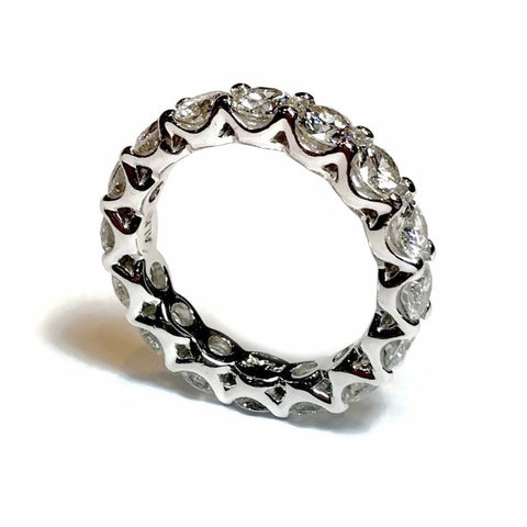 AF Jewelers Eternity Band Ring with Round Diamonds 4.65 ct., Platinum