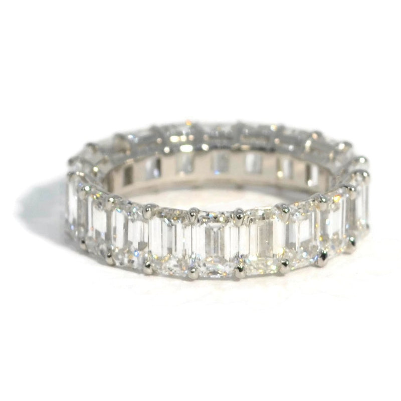 AF-JEWELERS-ETERNITY-BAND-EMERALD-CUT-DIAMONDS-PLATINUM-A91949P1-EC
