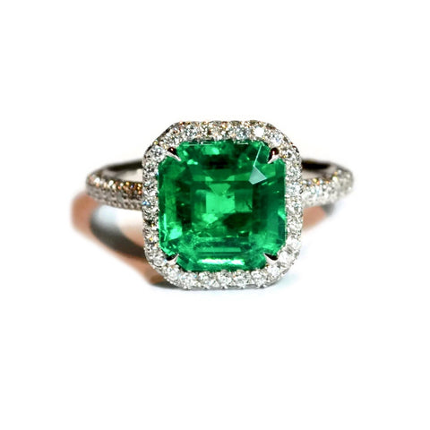 AF Jewelers One of a Kind Ring with Octagonal Emerald and Diamonds, Platinum