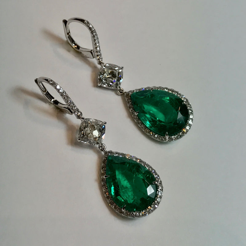 AF-JEWELERS-ONE-OF-A-KIND-DROP-EARRINGS-COLOMBIAN-EMERALDS-PEAR-SHAPED-DIAMONDS-PLATINUM-2-ER-3330