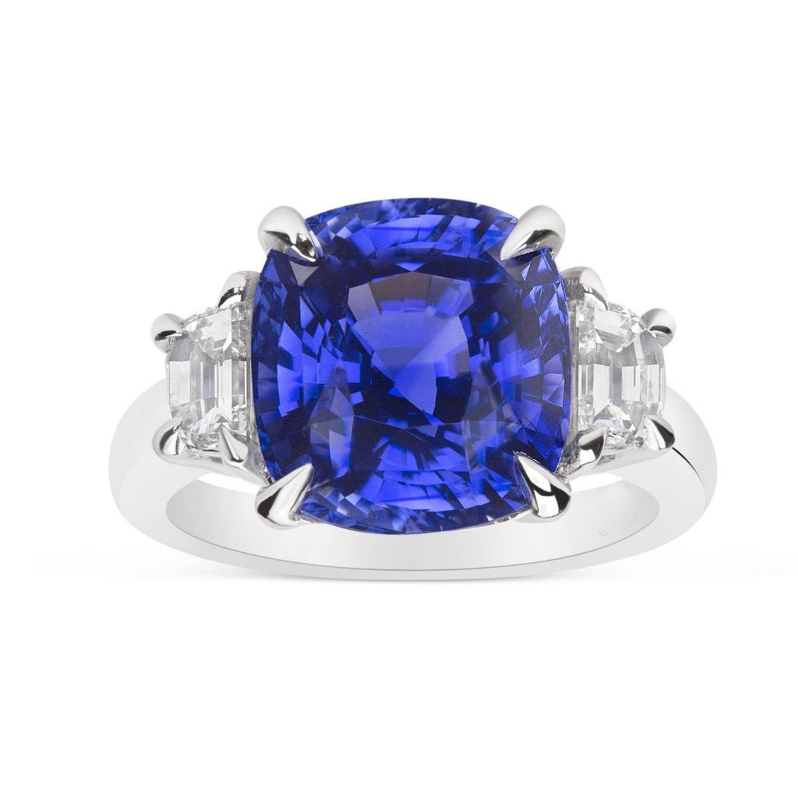 AF Jewelers One of Kind Ring with Cushion-cut Madagascar Blue Sapphire 7.56 Ct. and Diamonds, Platinum.