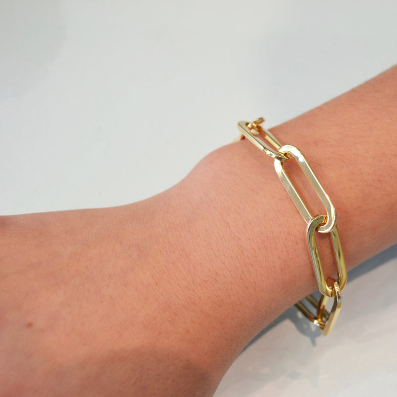 afj-gold-collection-oval-chain-link-bracelet-yellow-gold-paperclips_1