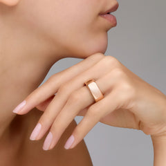 Pomellato-Iconica-Medium-Band-Ring-18k-Rose-Gold