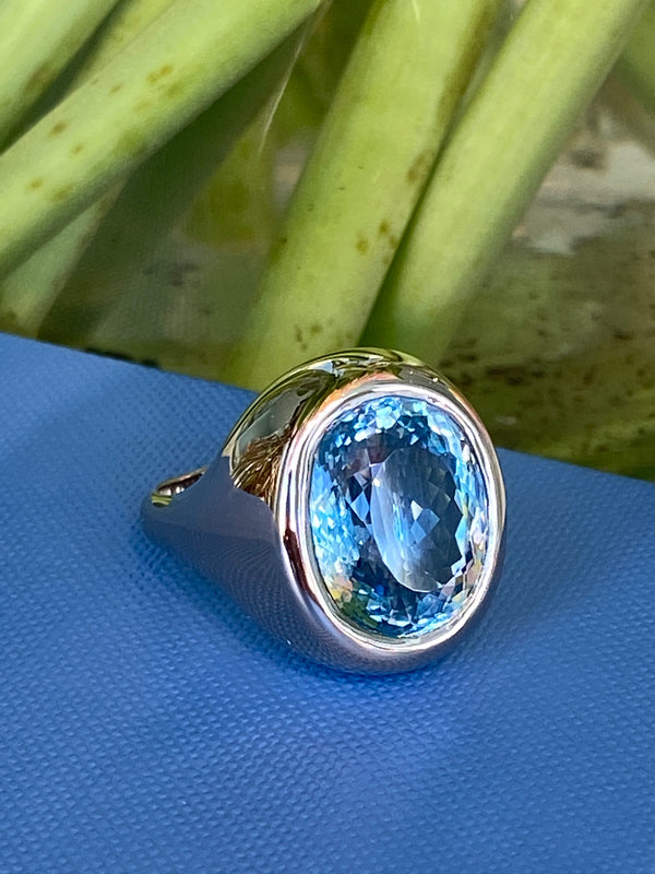 a-furst-essential-cocktail-ring-aquamarine-white-gold-A1950GH