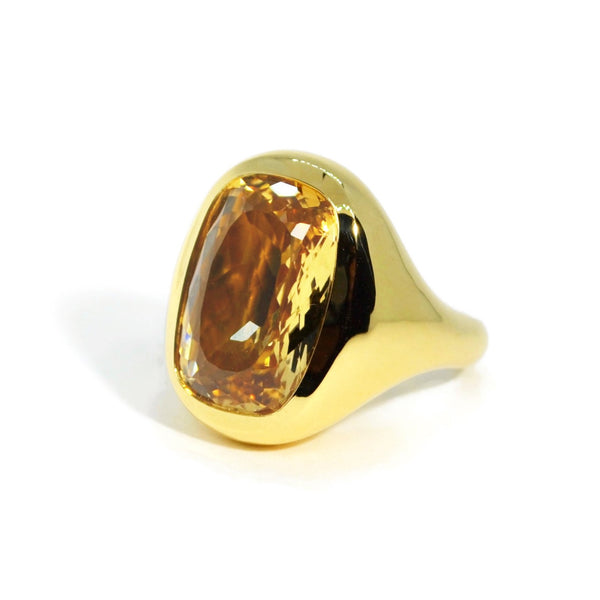 a-furst-essential-cocktail-ring-citrine-champagne-yellow-gold