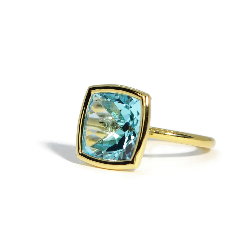 a-furst-gaia-large-stackable-ring-blue-topaz-yellow-gold-A1713GU
