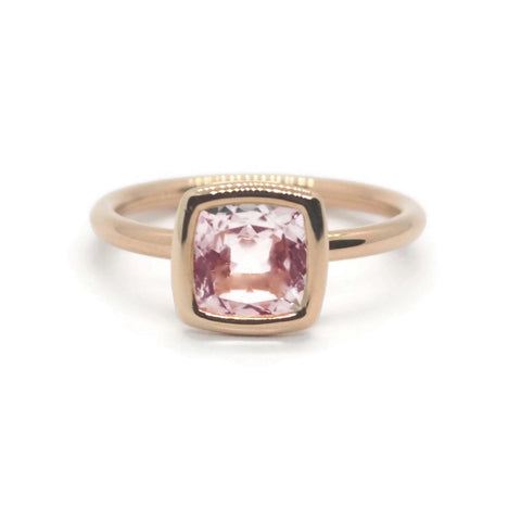 A & Furst - Gaia - Small Stackable Ring with Rose de France, 18k Rose Gold