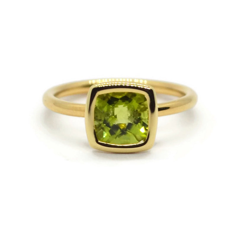 A & Furst - Gaia - Small Stackable Ring with Peridot, 18k Yellow Gold