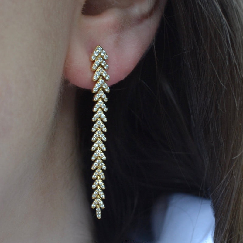 afj-collection-drop-earrings-diamonds-yellow-gold