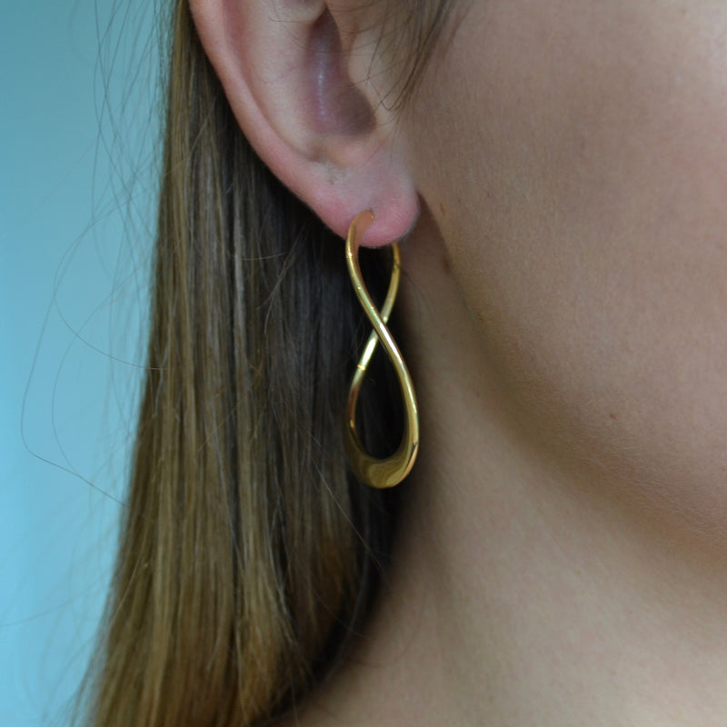 afj-gold-collection-yellow-gold-twist-earring