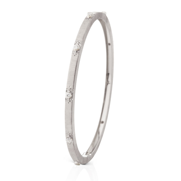 buccellati-macri-classica-bangle-bracelet-diamonds-white-gold-jaubra015163