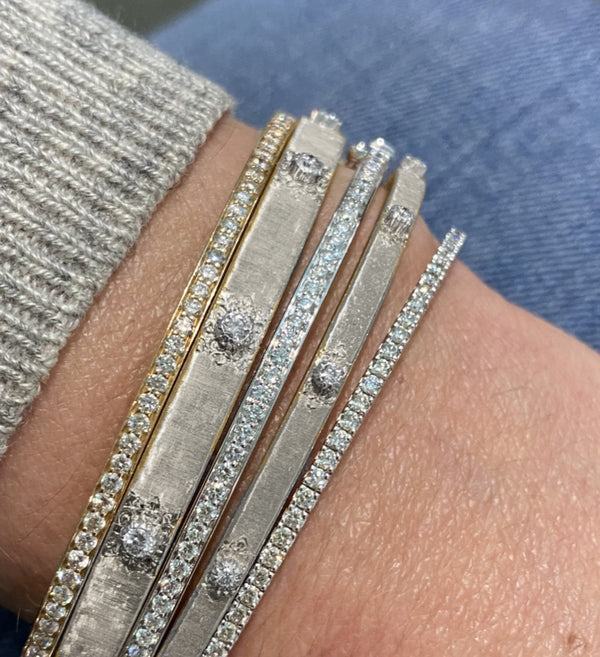 buccellati-macri-classica-bangle-bracelets-white-gold