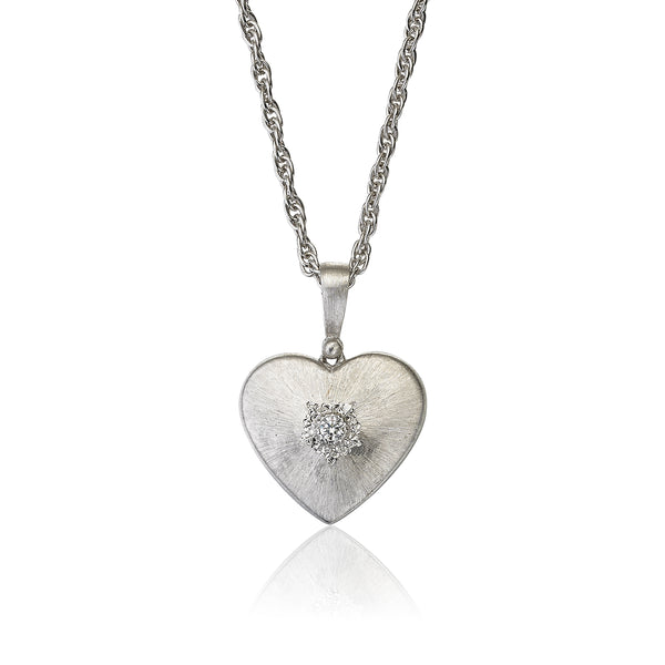 buccellati-macri-heart-cuore-pendant-necklace-diamonds-white-gold-JAUPEN012749-cai-xukun
