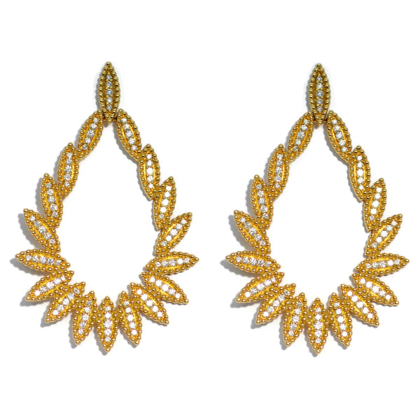carla-amorim-drop-earrings-diamonds-yellow-gold