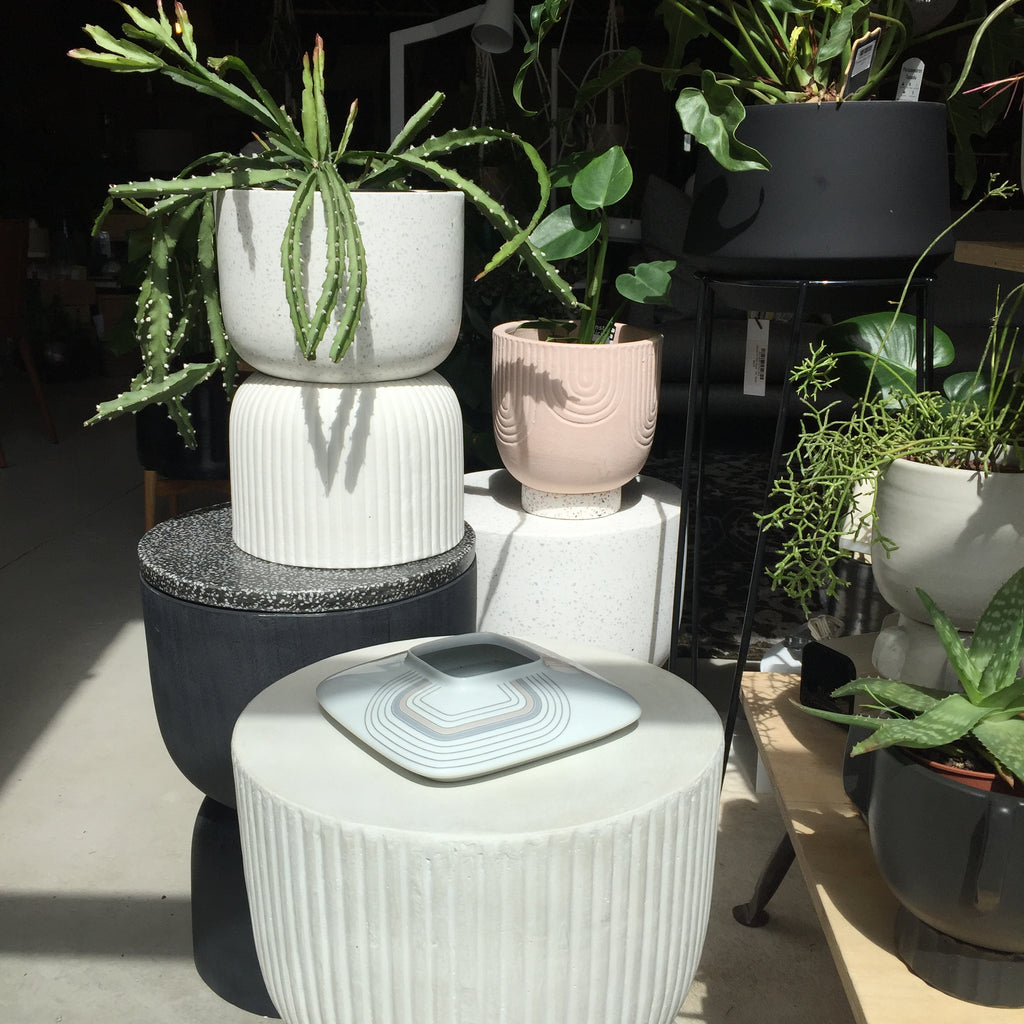 Ari Planter Pot - White