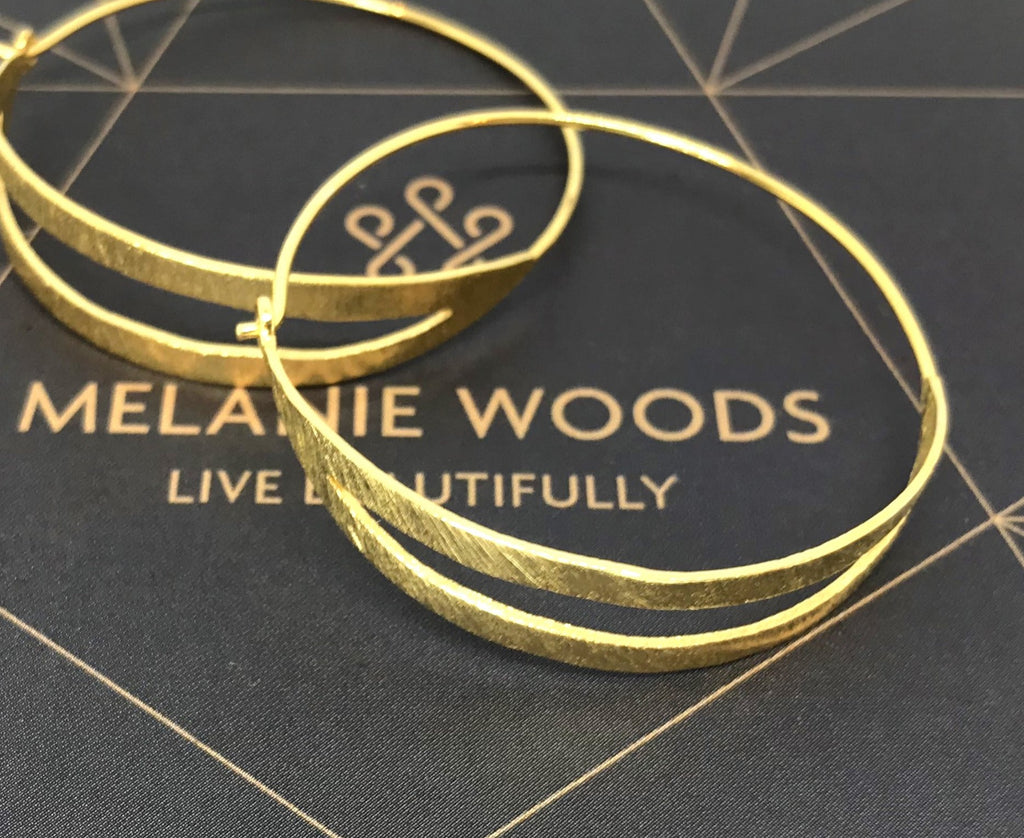 MELANIE WOODS - Split Hoop Earrings - Gold - Small