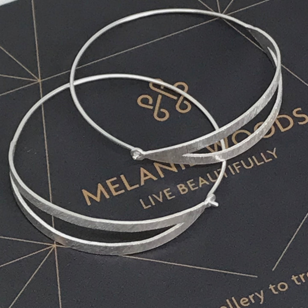 MELANIE WOODS - Split Hoop Earrings - Silver - Small