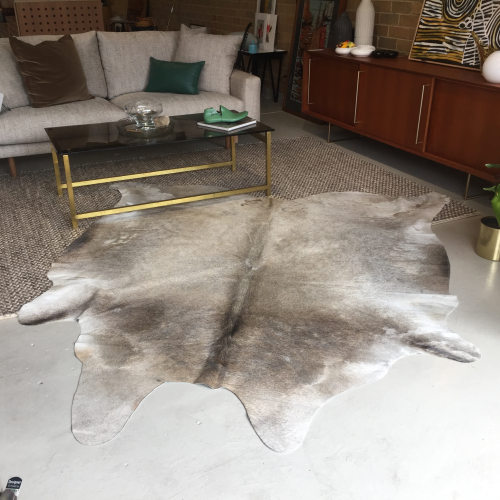 Brazilian Cowhide - Natural - Lge