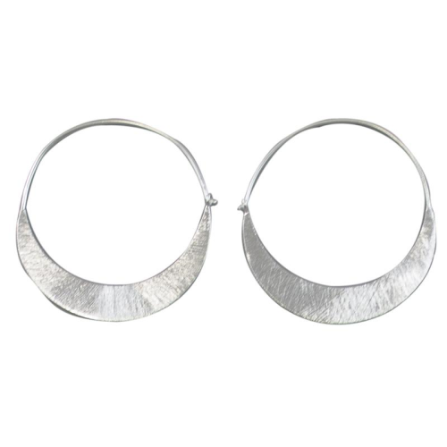 MELANIE WOODS - Low Crescent Hoop - Silver