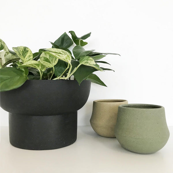 Jenssen Planter Low Black, Ana Planter  Olive & Cork - Extra Small