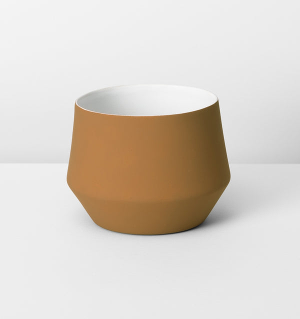 MIDDLE OF NOWHERE Samso Planter - Large - Ochre