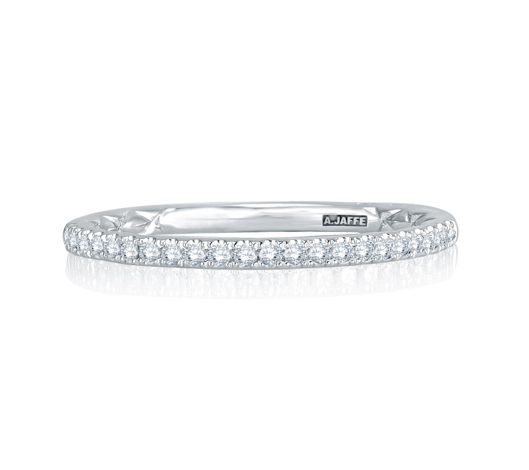 A. JAFFE Intricate Delicate Quilted Band