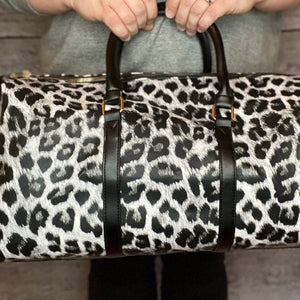 Tammy Leopard Overnighter - Black & White Leopard