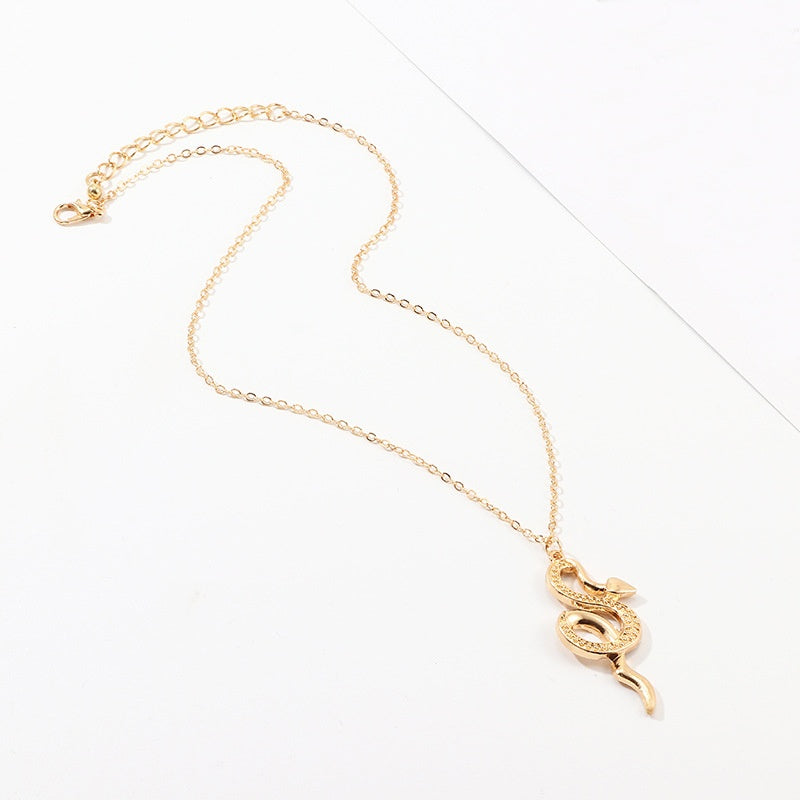 Charm Gold Warp Snake Single Chain Pendant Necklace Fashion Alloy Animal Necklaces Jewelry