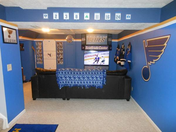 St. Louis Blues Incredible DIY Man Cave