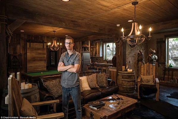 Ultimate Video Game Man Cave: Elder Scrolls Edition