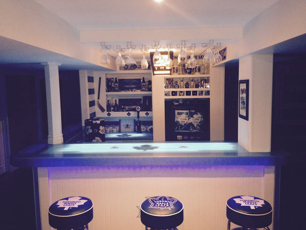 Man Cave Hockey Signs : Ultimate man cave essentials